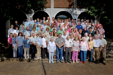 Attendees at the 2007 Mathews Family Reunion.